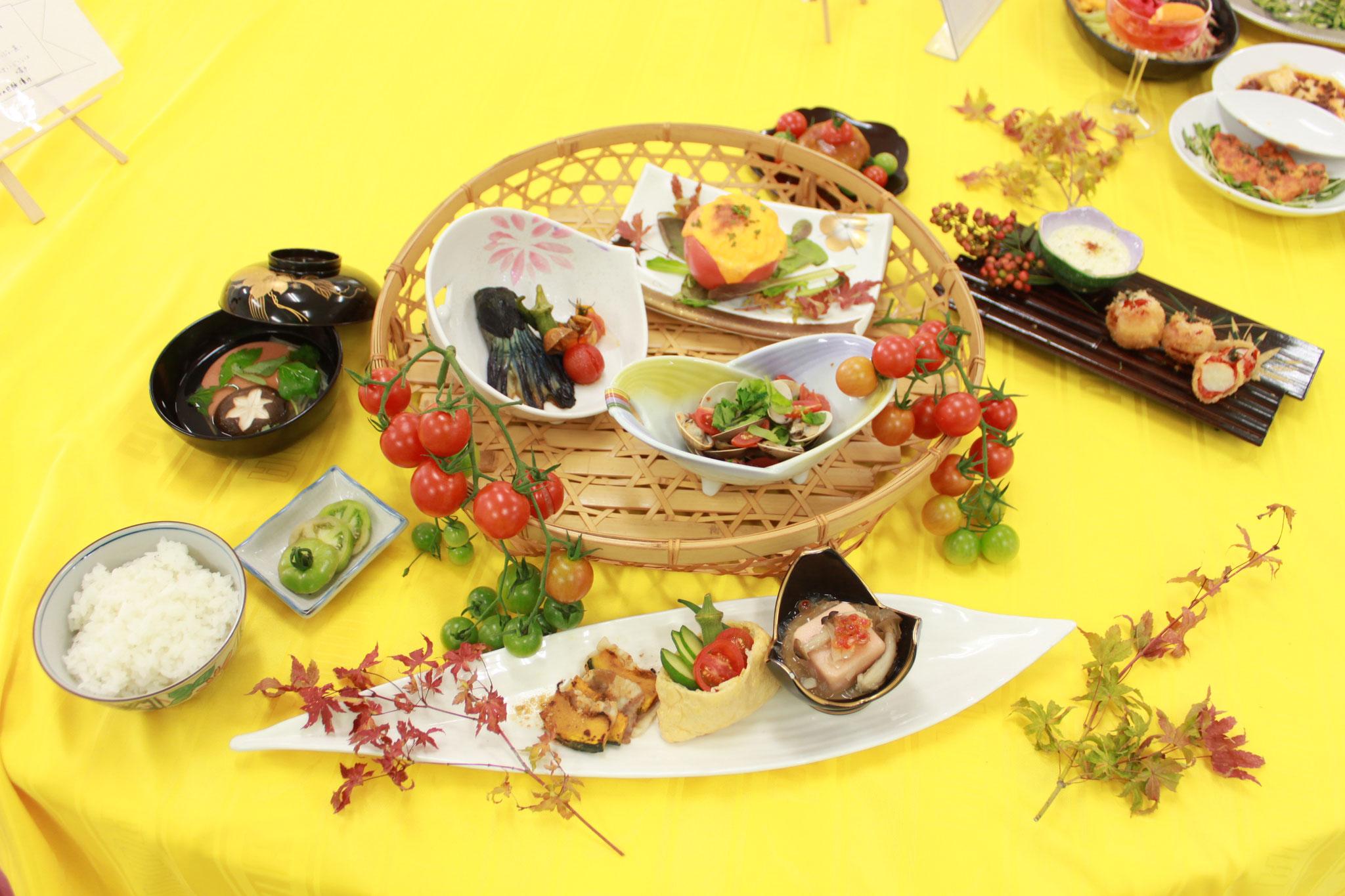 学園祭(レストランやバザー)