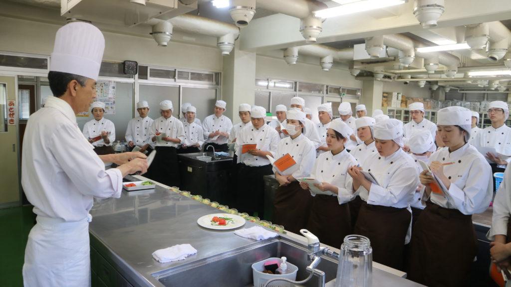 専修学校常盤学院|熊本唯一の調理師/パティシエ養成学校